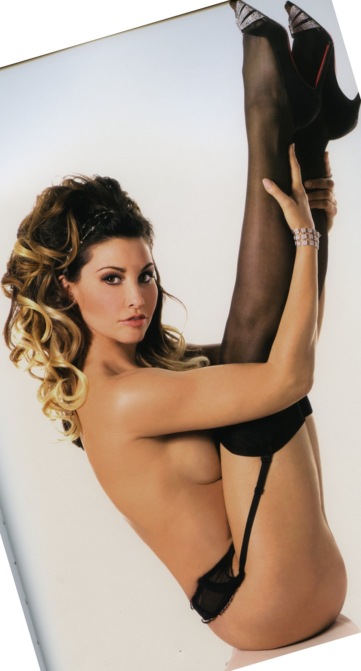 gina gershon Gina Gershon Nude Picture Gallery