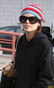 Rachel Bilson Grocery Shopping (USA AND CANADA ONLY)