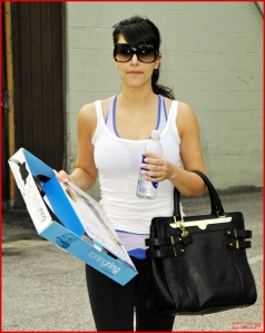 kim-kardashian022