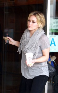 Hilary Duff Getting Coffee In Sherman Oaks