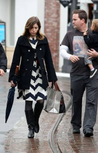 Jessica Biel Shopping At The Grove